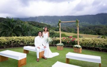 Ceremony Style (White Benches Model 4)